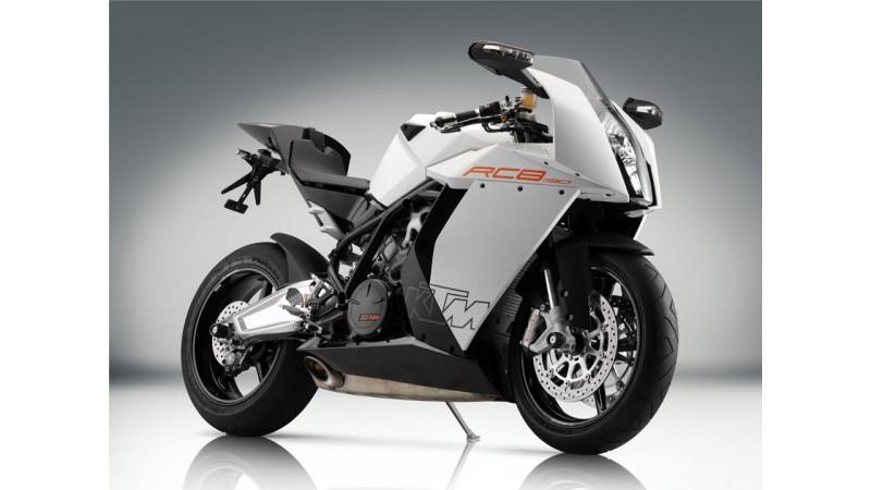 Bajaj plans to increase sports bike range by bringing two KTM models in 2014