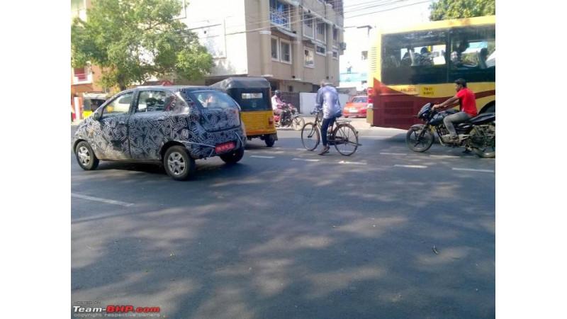 Datsun RediGo prototype spotted testing in India