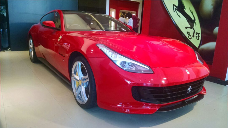 Ferrari GTC4Lusso and GTC4Lusso T introduced at Rs 5.20 crore and Rs 4.20 crore