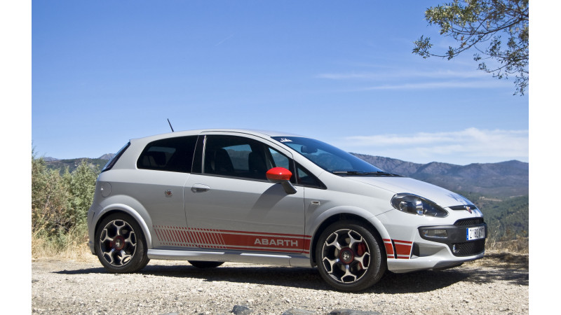 All-new Fiat Punto Abarth slated for launch on Monday