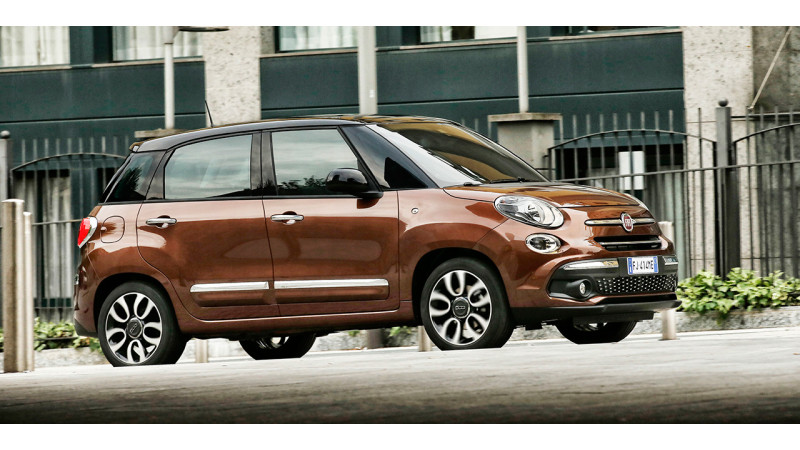 Fiat unveils new 500L