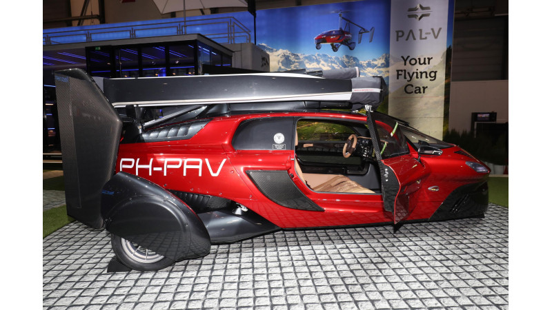 World's first production-ready flying car, Pal-V Liberty unveiled at Geneva