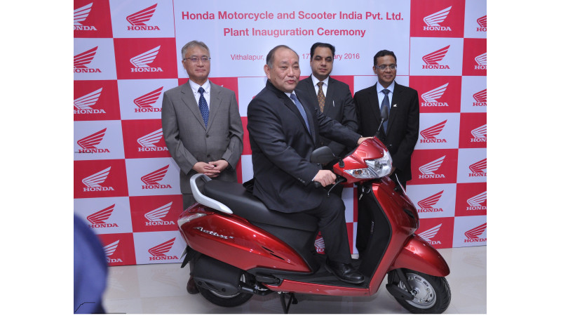 Honda opens a scooter plant in Gujarat