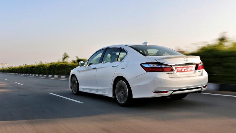 Competition check: Honda Accord Hybrid