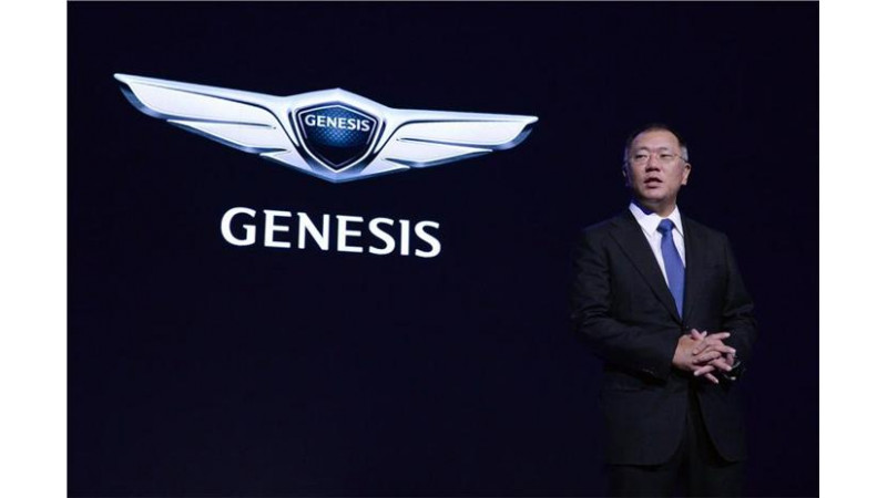 Hyundai Genesis debuts as a new Global Luxury car brand