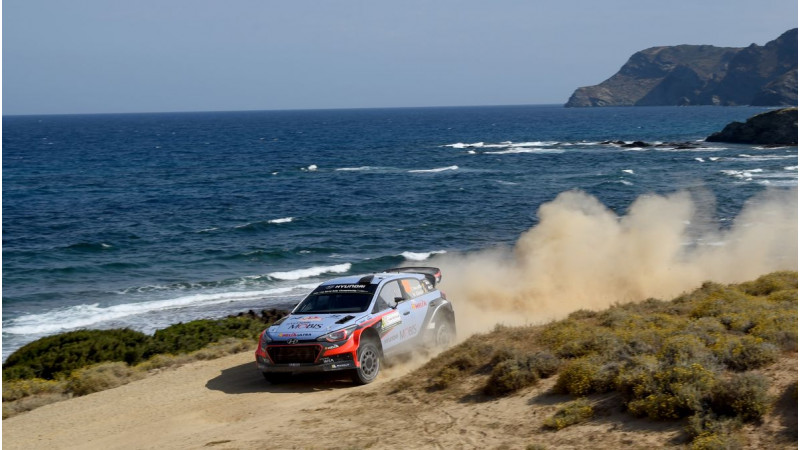 Neuville drives Hyundai i20 WRC to victory at Rally d   Italia Sardegna
