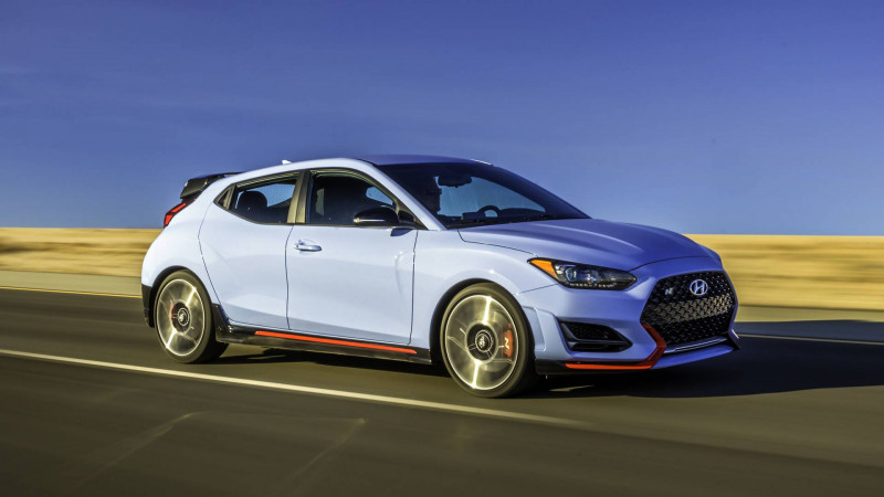 2019 Hyundai Veloster showcased at 2018 Detroit Auto Show