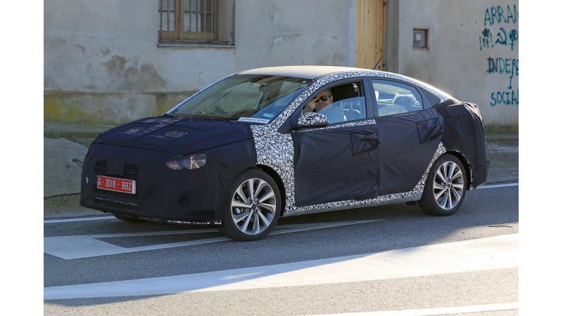 Hyundai testing new Verna in Spain