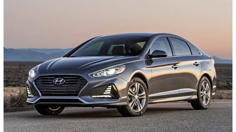 Facelifted Hyundai Sonata makes its US debut at New York