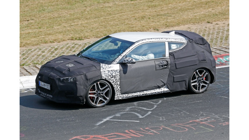 Hyundai Veloster N spied testing on track