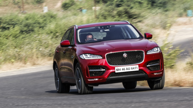 Jaguar F-Pace wins world car of the year award