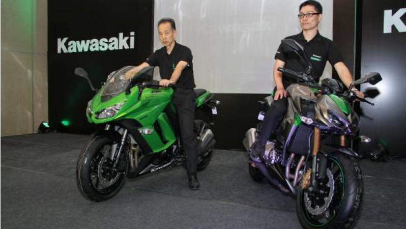 Kawasaki Ninja 1000 And Z1000 Launched In India At Rs 125 Lakh