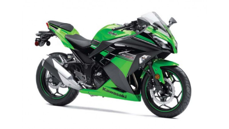 Kawasaki Ninja 300 sports bike launched at Rs. 3.50 lakh