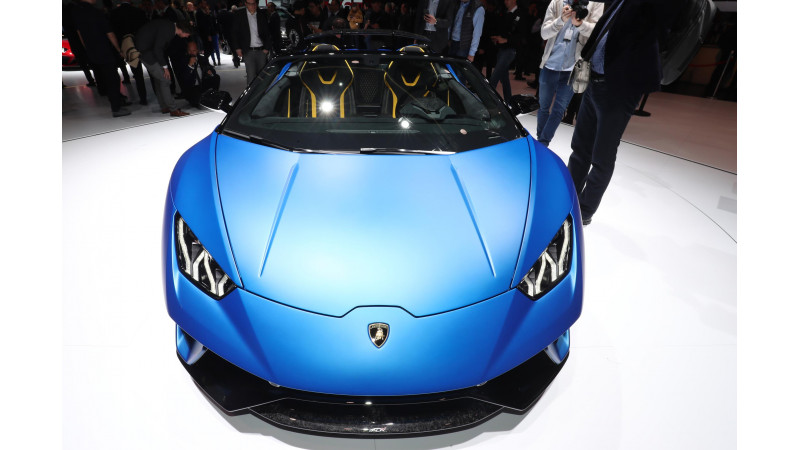 2018 Geneva Motor Show: Lamborghini Huracan Performante Spyder revealed