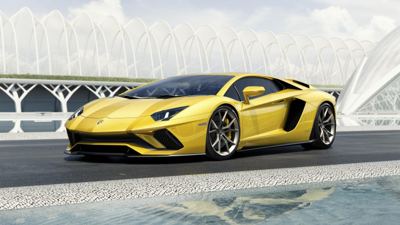 Lamborghini to launch Aventador S tomorrow