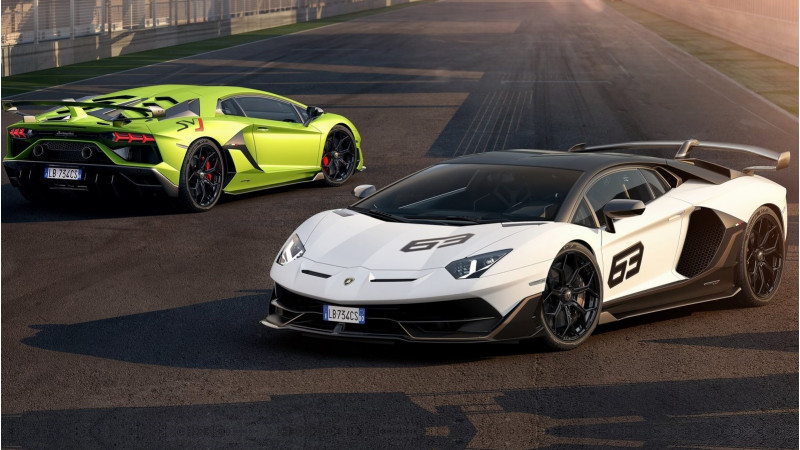 Lamborghini officially reveals the Aventador SVJ at Pebble Beach
