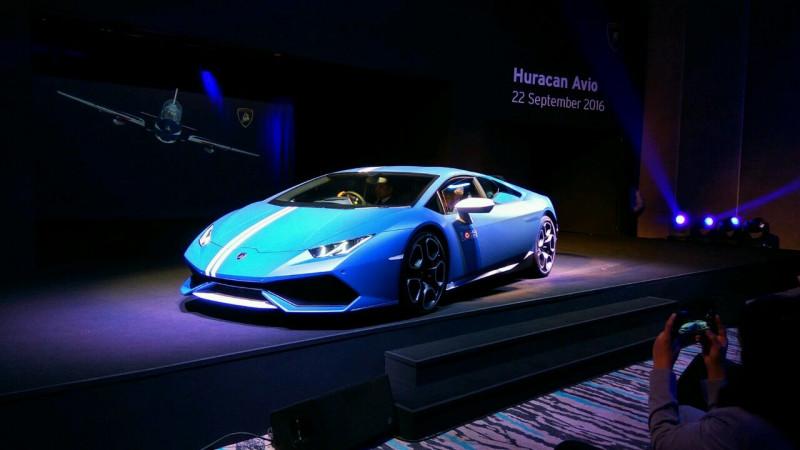 Lamborghini launches the Huracan Avio at Rs 3.71 crore