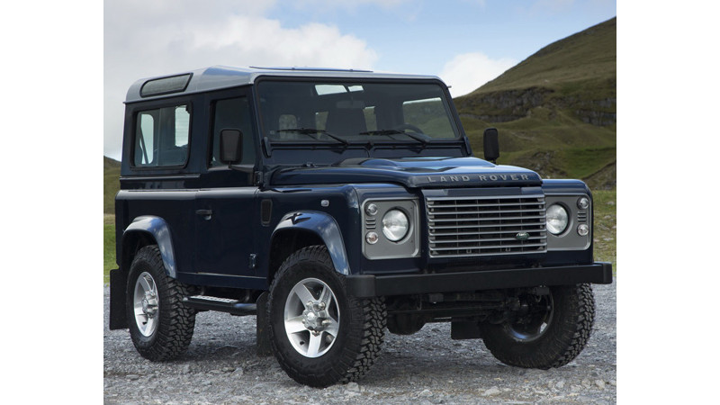 Launch of new Land Rover Defender postponed till 2015