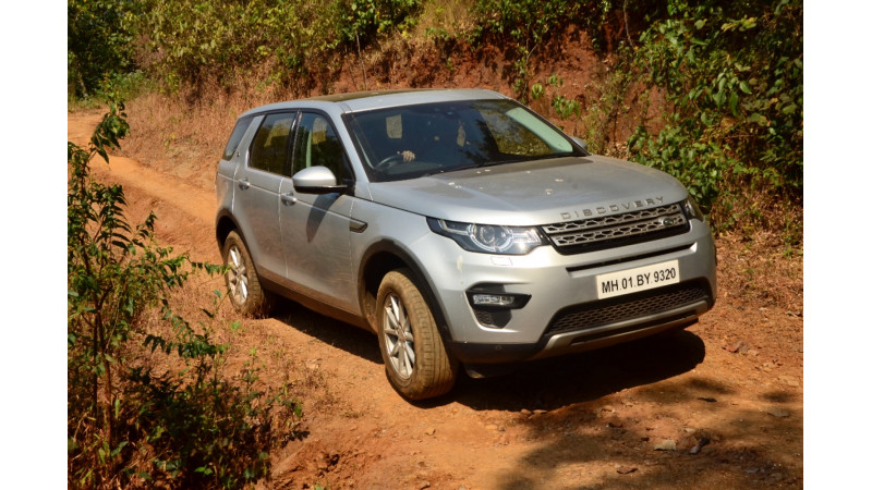 Land Rover off-road experience organised for customers in Chennai