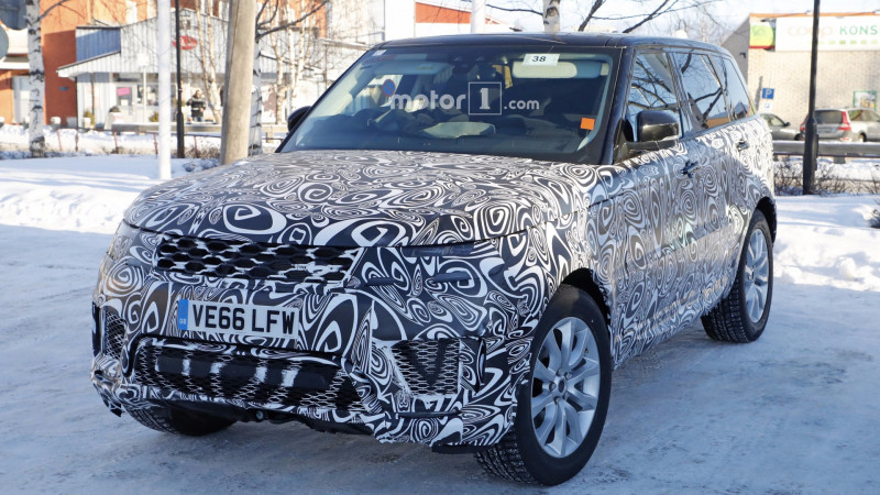 Camouflaged Range Rover Sport plug-in hybrid caught in Sweden