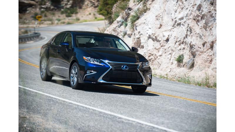 Lexus ES 300h: Preview
