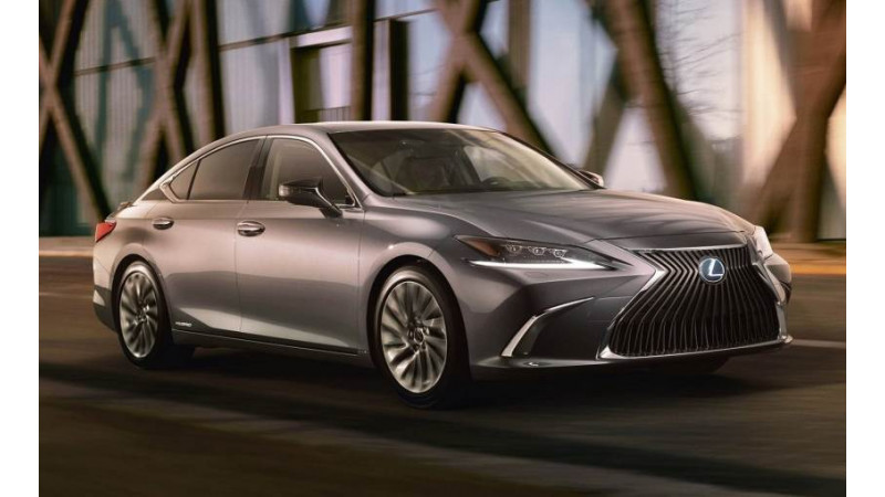 Lexus launched the ES300h in India at Rs 59.13 lakhs