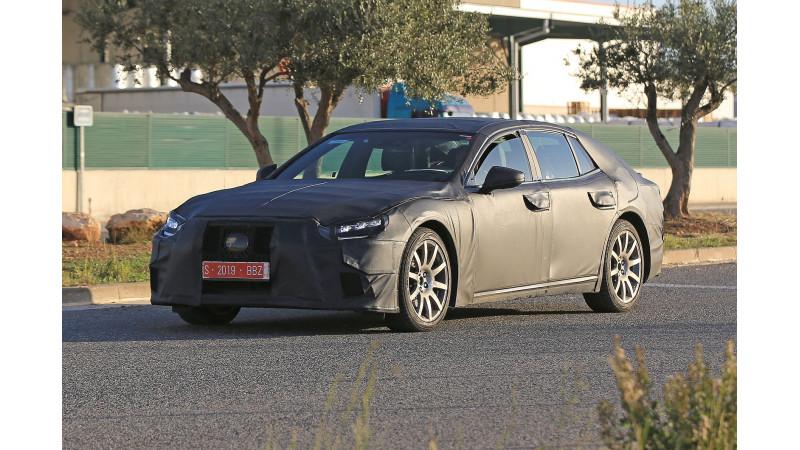 2017 Lexus LS caught testing ahead of debut