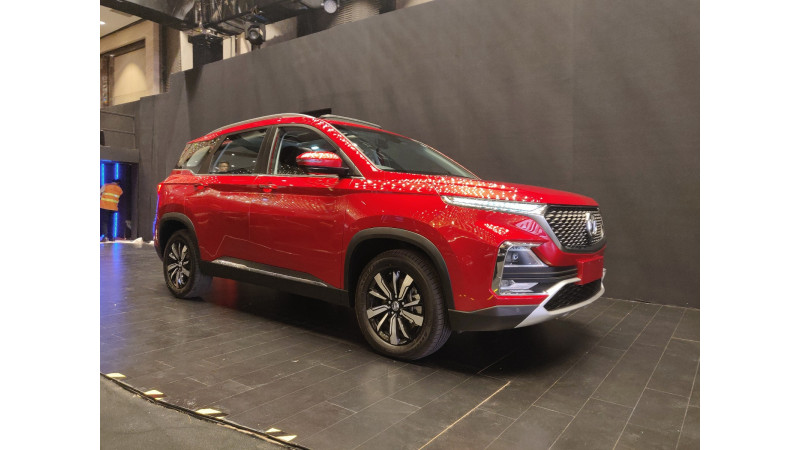 MG Hector unveiled in India; to be launched in June
