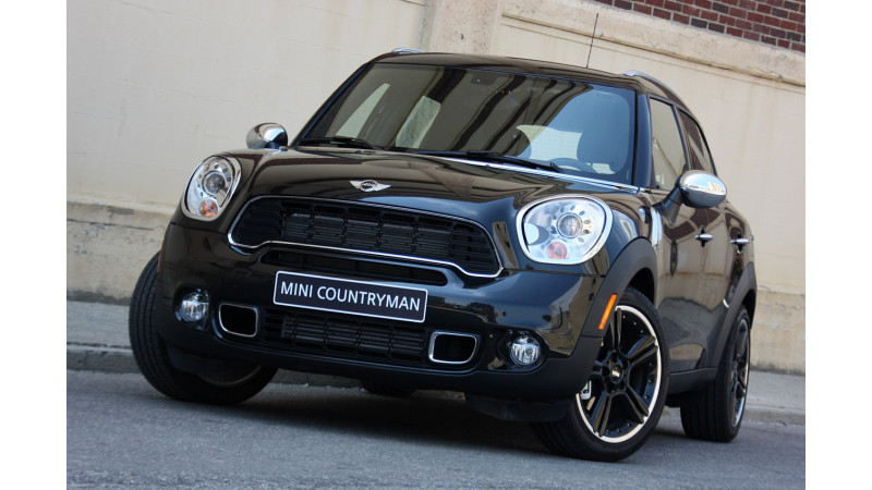 Mini Cooper Countryman Diesel Launched In India At Rs 2560 Lakh