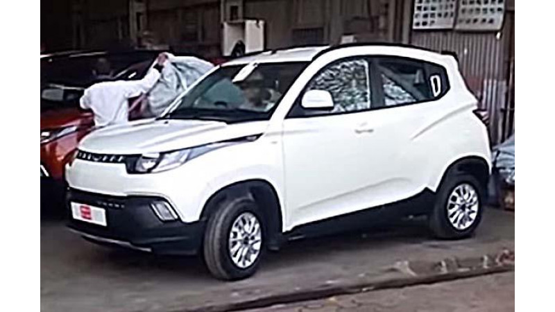 Mahindra KUV100 spotted without any covers