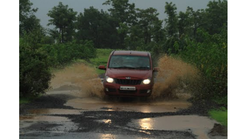 Mahindra & Mahindra concludes the 'Quanto Weekend Escape' rally