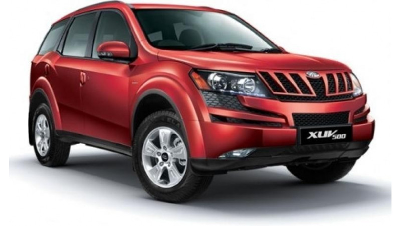 Mahindra to introduce a new base and top end variant of XUV500