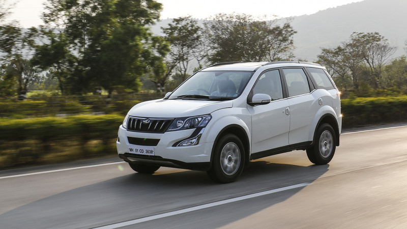 Mahindra XUV500 petrol model listed on UAE website