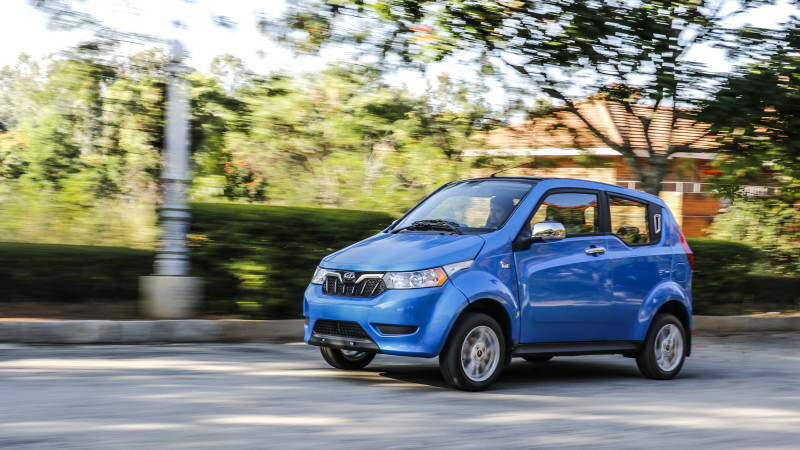 Mahindra e2o Plus Competition Check