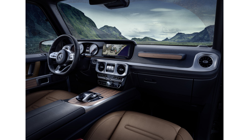 Mercedes-Benz revealed the G-Class interior ahead of Detroit debut