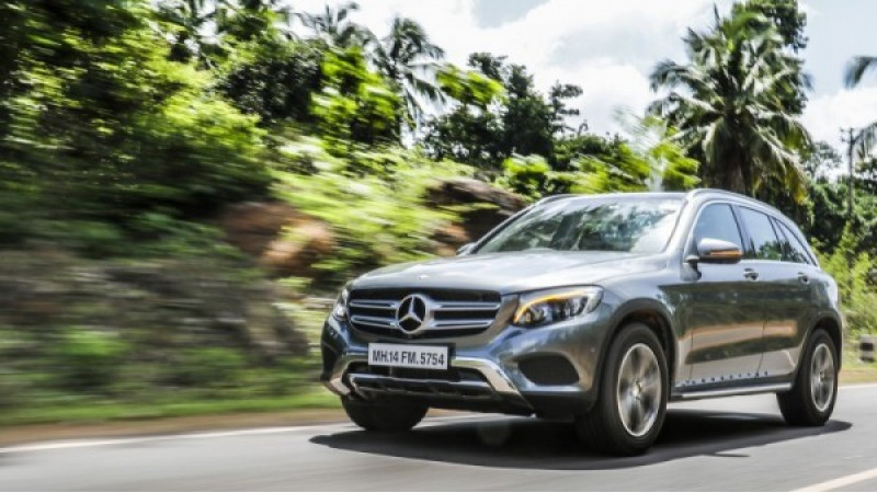 Mercedes-Benz now top luxury car maker globally