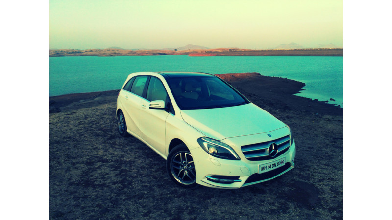 Mercedes-Benz India to launch B-Class diesel next month, S-Class in 2014