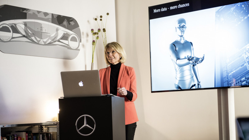 Daimler reveals their role in Artificial Intelligence at Berlin