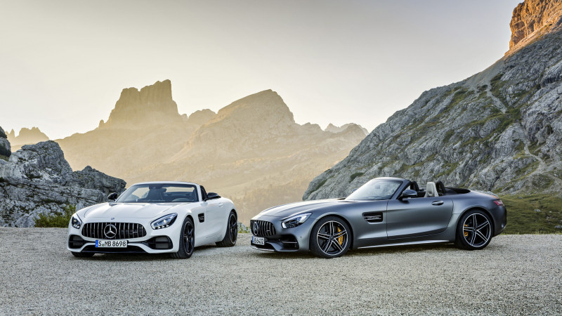 Mercedes starts production of the AMG GT R and GT Roadster