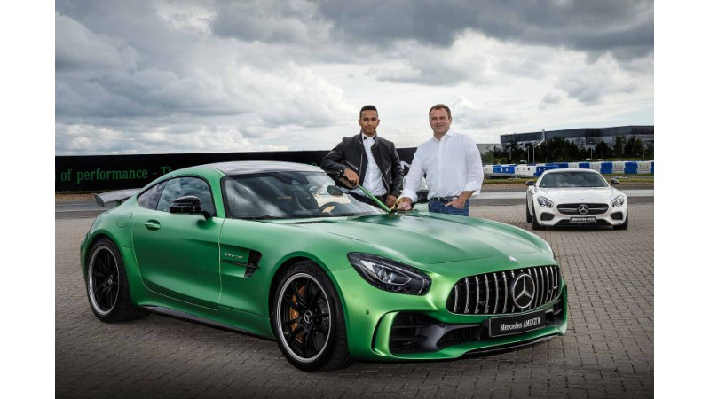 Mercedes-AMG GT R and Roadster to be launched in India tomorrow