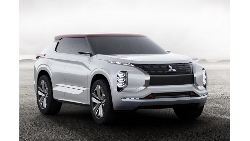 Mitsubishi Ground Tourer revealed ahead of Paris debut