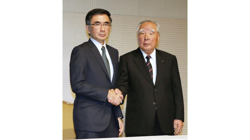 Osamu Suzuki steps as CEO of Suzuki Motor corp