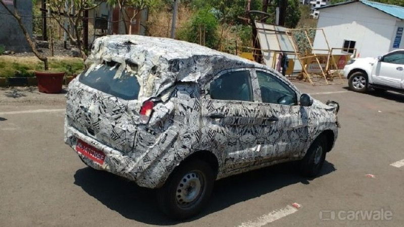 Tata   s compact Nexon SUV spotted on test on the Mumbai-Pune Expressway