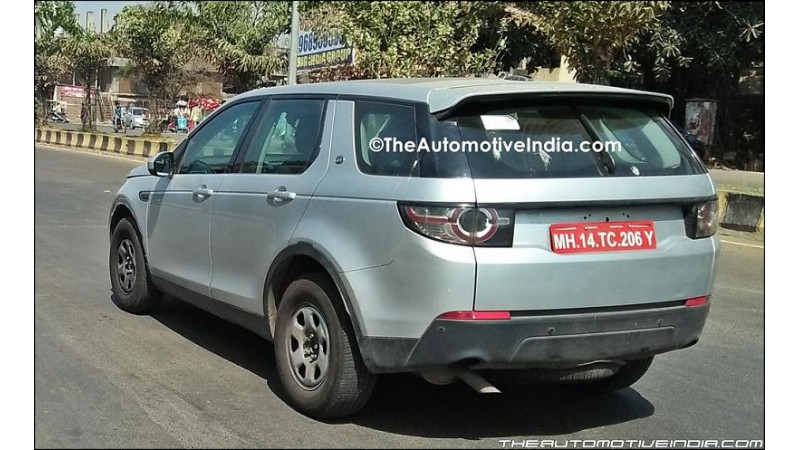Tata Q501 spotted in Discovery Sport guise