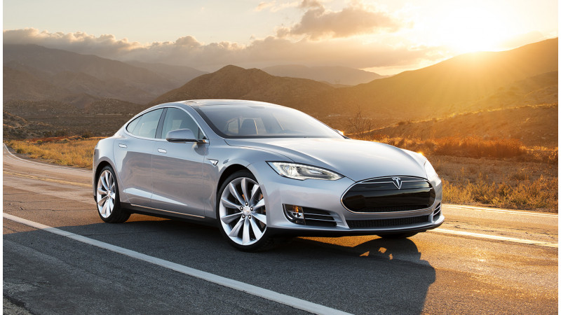 Tesla updates range with added features