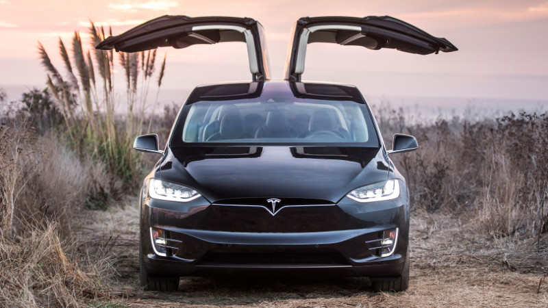 Tesla wing door concerns fixed with a software update