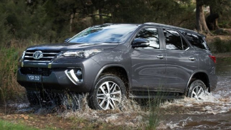 Next-gen Toyota Fortuner shown at Indonesia Auto Show