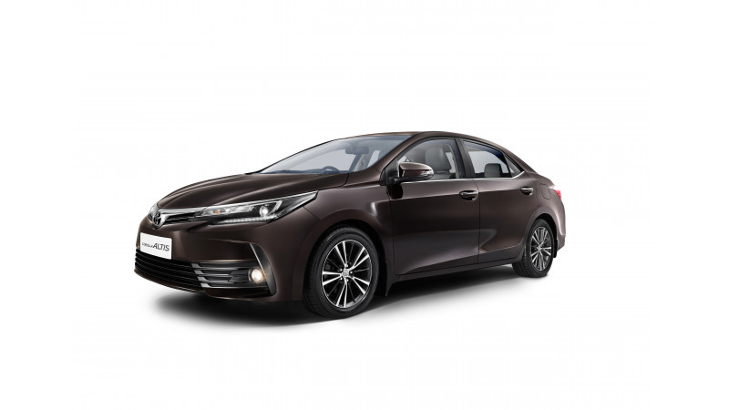 Toyota launches new Corolla Altis in India at Rs 15.87 lakh