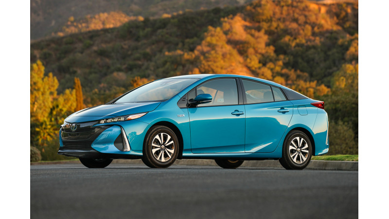 2017 World Green Car of the Year title awarded to Toyota Prius Prime