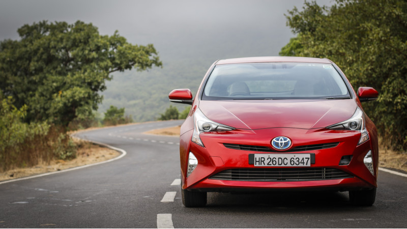 Manufacturers want 18 per cent GST slab for hybrids